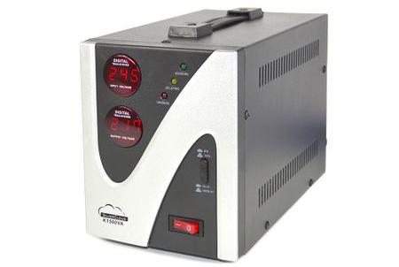 Stabilizator de Tensiune SilverCloud 1500VA 900W
